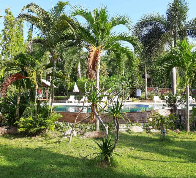 BaanSaensook-Villas-tropical-garden-Koh-Samui-Thailand-2